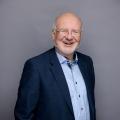 Dr. Frank Ausbüttel